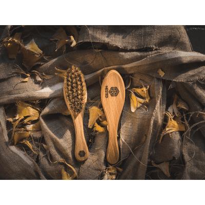 Szczotka dla dzieci ze szczeciny na ciemieniuchę Nested